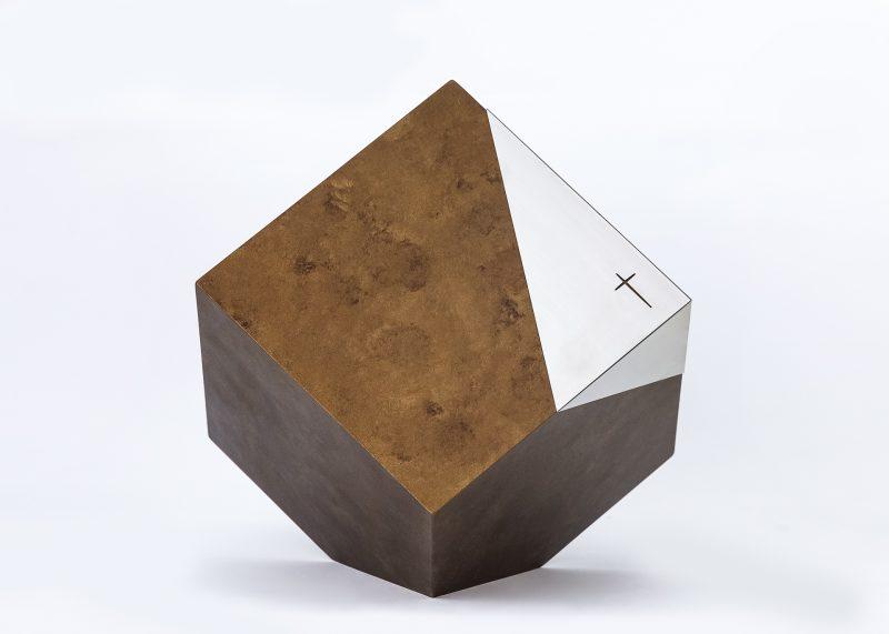 Луксозна урна за кремация Куб
