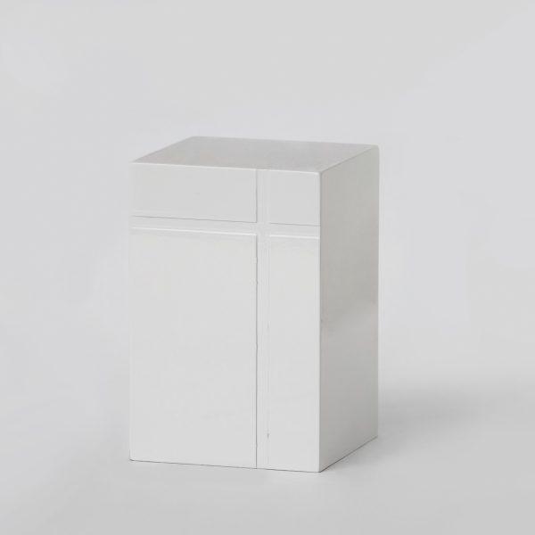 Луксозна урна за кремация Класик PVC Бяла