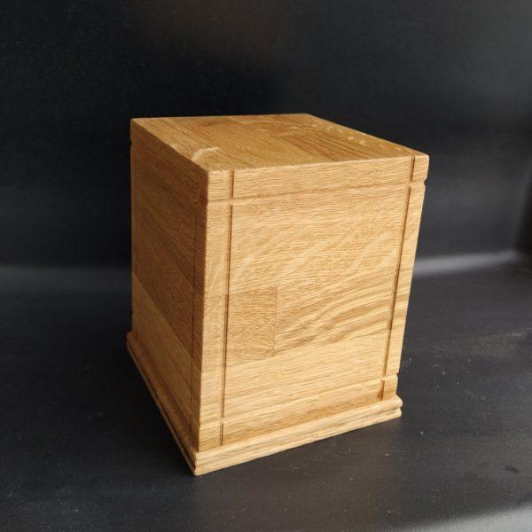 Дървена урна за кремация Лукс Дъб