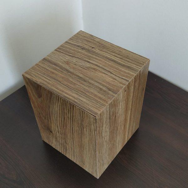 Дървена урна за кремация от лалиран MDF