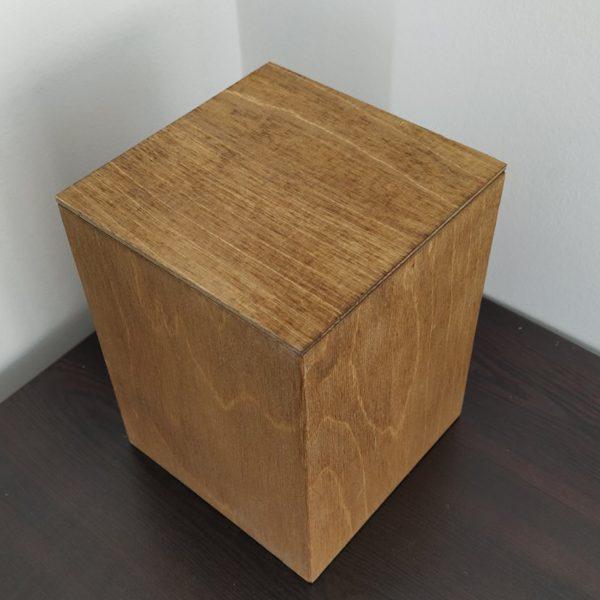 Дървена урна за кремация от пресовано дърво